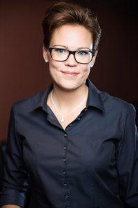 Josefin Buraas har god erfarenhet av verksamhetsutveckling och projektstyrning med erfarenhet från olika branscher och med bakgrund från bilindustrin